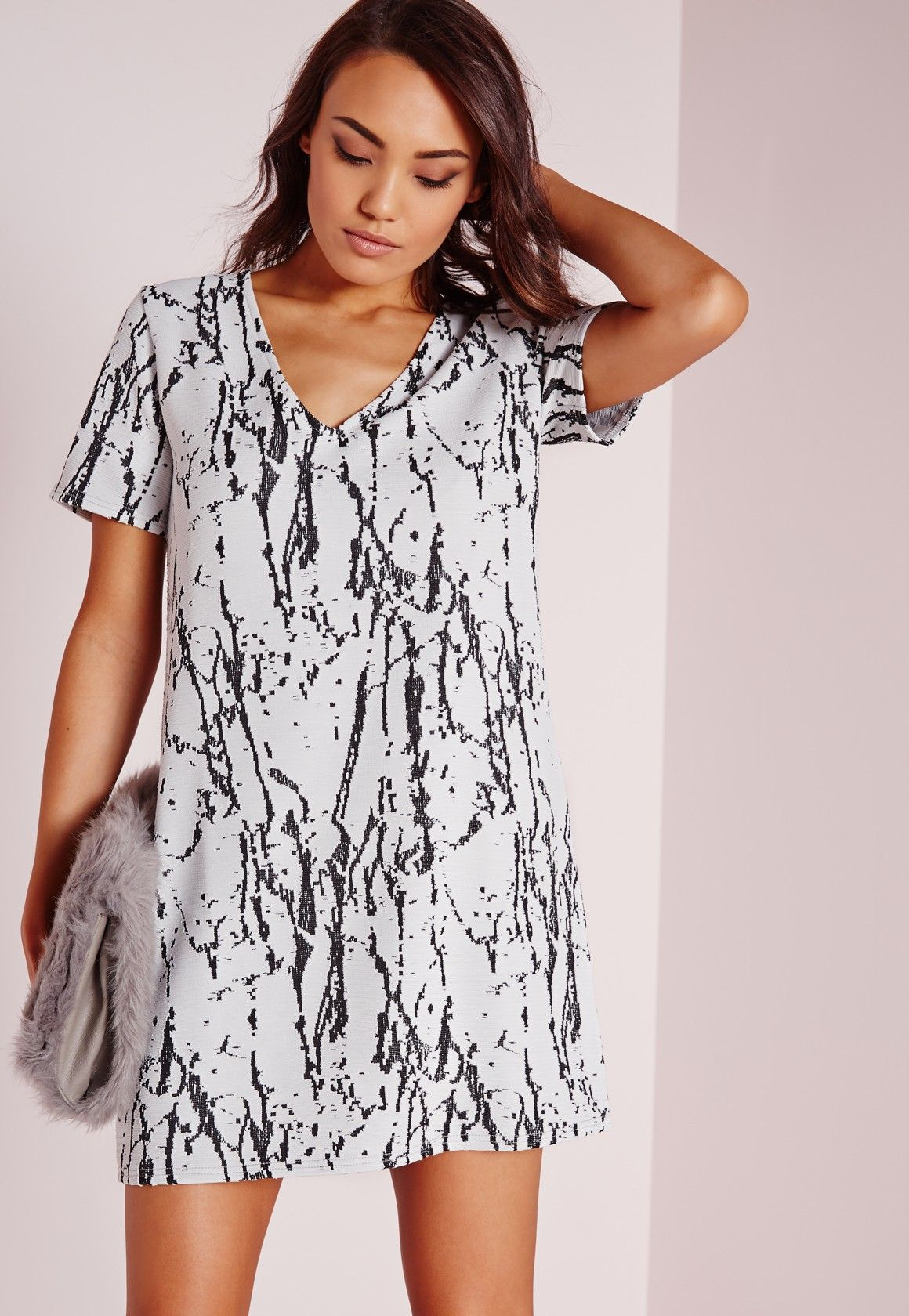 d11feab98e62 Missguided - Plunge Short Sleeve Knitted Shift Dress White Black Marble