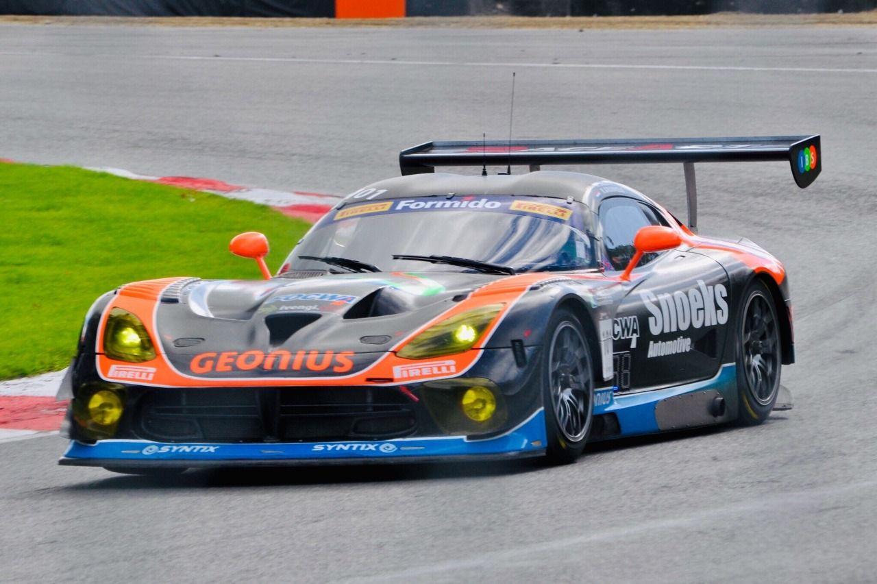 Dodge Srt Viper Gt3 R Supercar Challenge Super Cars Race Around The World Dodge Viper