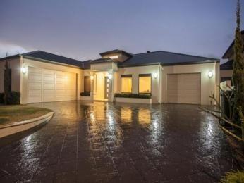 Photo of a concrete house exterior from real Australian home - House Facade photo 1587853