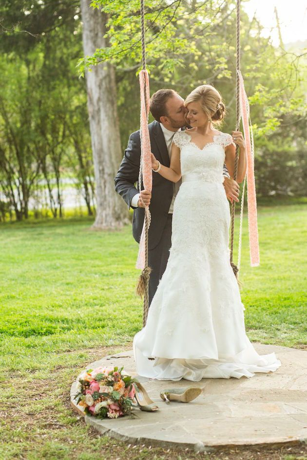 Romantic bride and groom portrait on a swing | Amanda Suanne Photography | Bridal Musings Wedding Blog