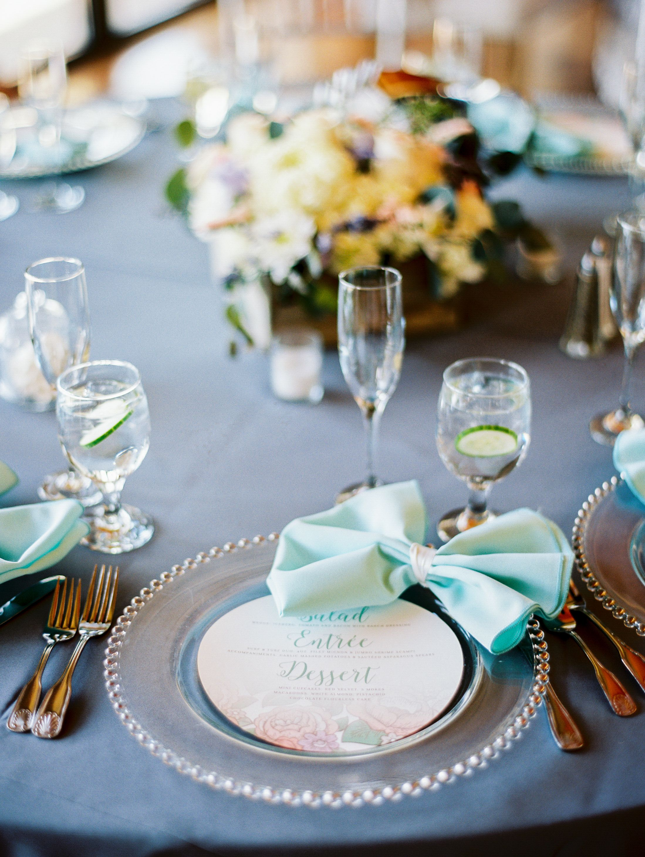 Place Setting with Napkin Bows | photography by http://rachel-solomon.com/