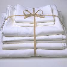 When You Wash You Sheet Sets Tie A Pretty Ribbon Around The Set Before Putting In Back In The Closet Wil Linen Closet Irish Linen Linen Closet Organization