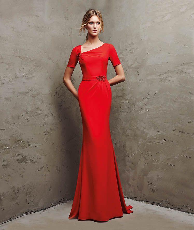 Vestido largo rojo raso