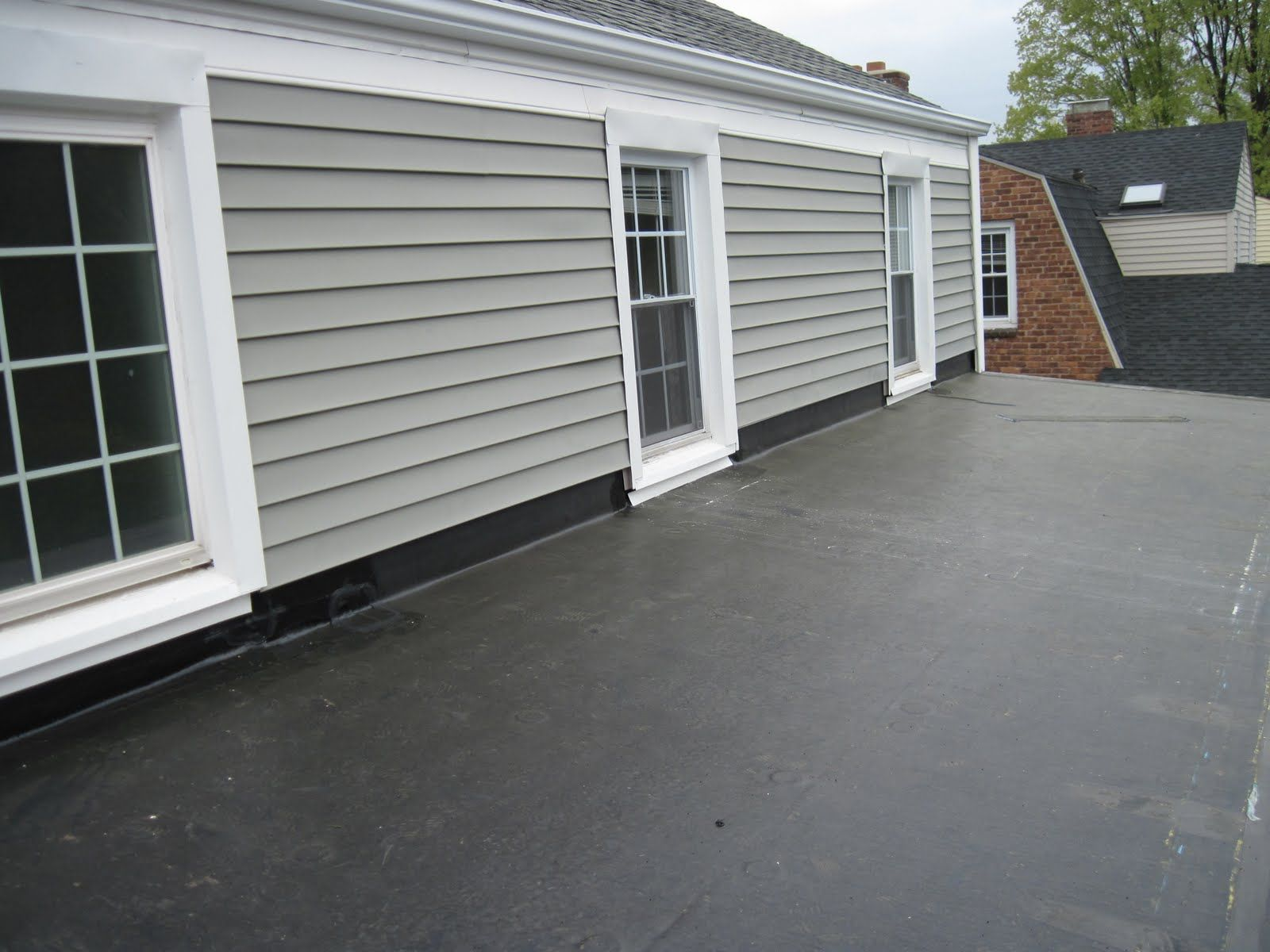 Epdm Has Gained Industry Wide Acceptance And Respect By Providing Immediate And Long Term Roofing Solution Residential Flat Roof Epdm Roofing Roofing