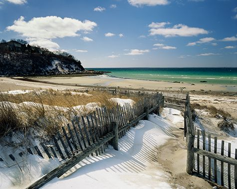 Cape Cod! ...Fist I need to visit, but beach+still tons of snow in the winter= me hopefully moving to Massechusetts on day :)