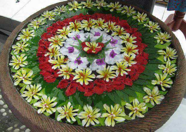 Good Floating Flower Water Rangoli Decoration
