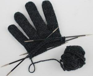 Photo of Strickanleitung: Easy Fingerhandschuhe | maschentext.de
