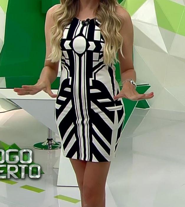 Renata Fan No Jogo Programa Esportivo Jogo Aberto Looks Vestidos Estampados Looks Vestidos