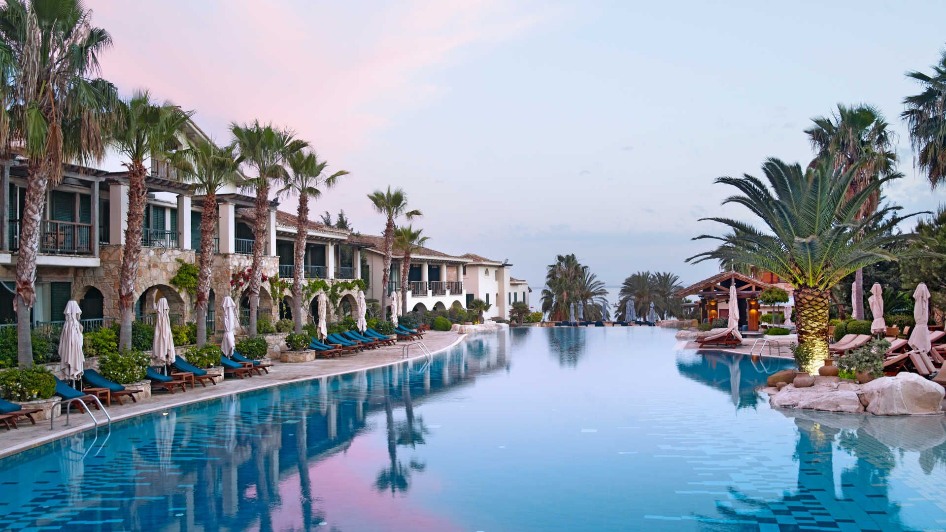 Book Columbia Beach Resort A Luxury Hotel In Cyprus Kuoni Is The Most Awarded