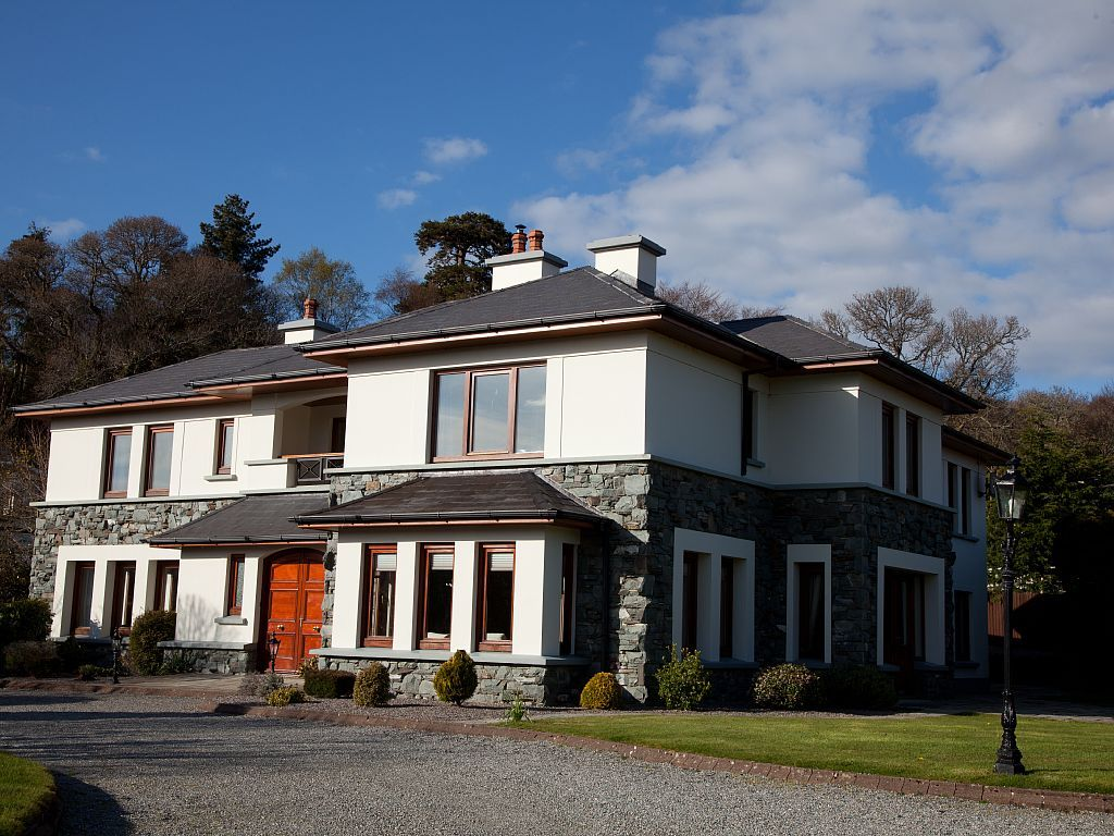 Large Luxurious Home   HomeAway Kerry