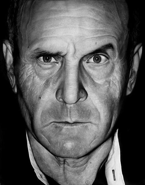 Artist Creates Photorealistic Portraits Using A Pencil Super - Artist uses pencils to create striking hyper realistic portraits