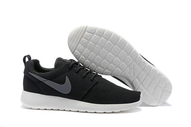 f02ab4878c907 Youth Big Boys Nike Roshe One Casual Shoes 511881 010 Black Anthracite Sail  Size 36 44