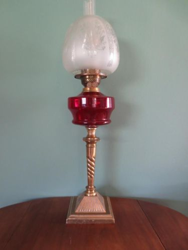 ANTIQUE-VICTORIAN-C1880-OIL-LAMP-CRANBERRY-GLASS-FONT-CLOSED-ETCHED-TULIP-SHADE