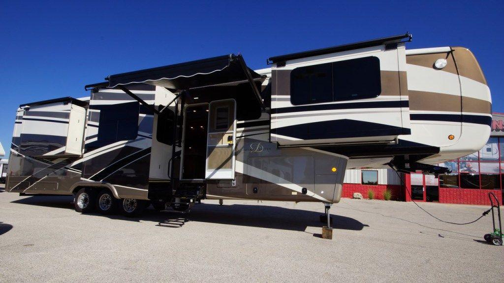 Mobile Suites Rv >> 2013 2017 All Seasons Rv Motor Home Rv For Sale 5th