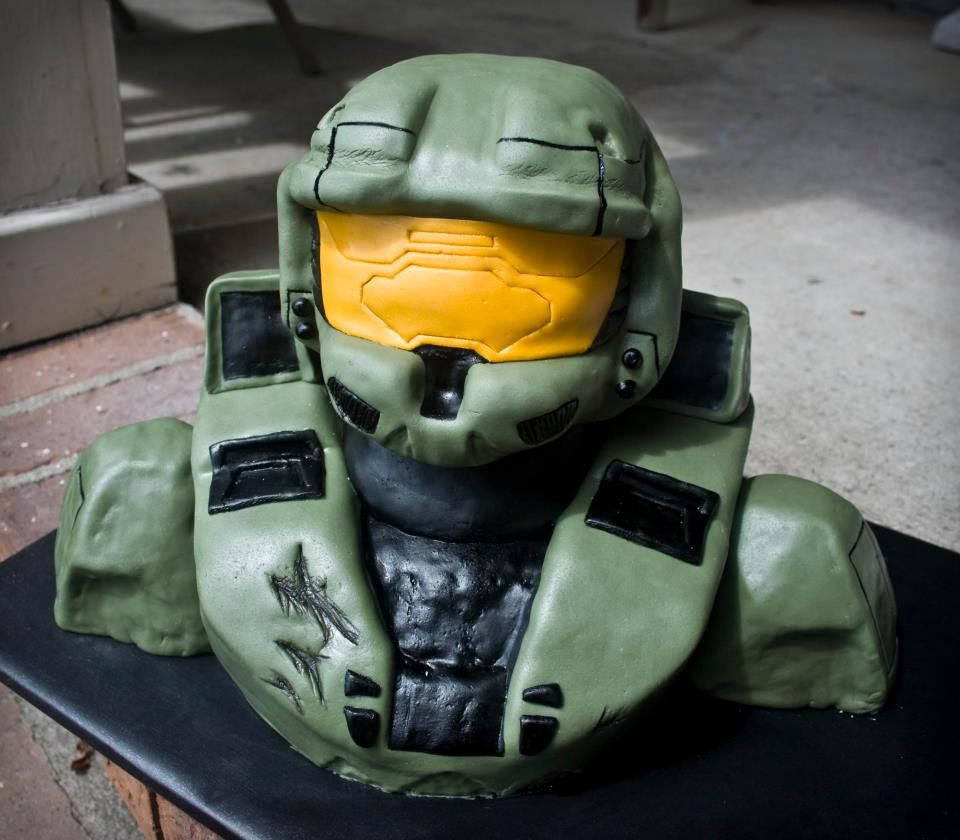 Misc 3D Cakes Master Chief from Halo video game Amazing Cakes