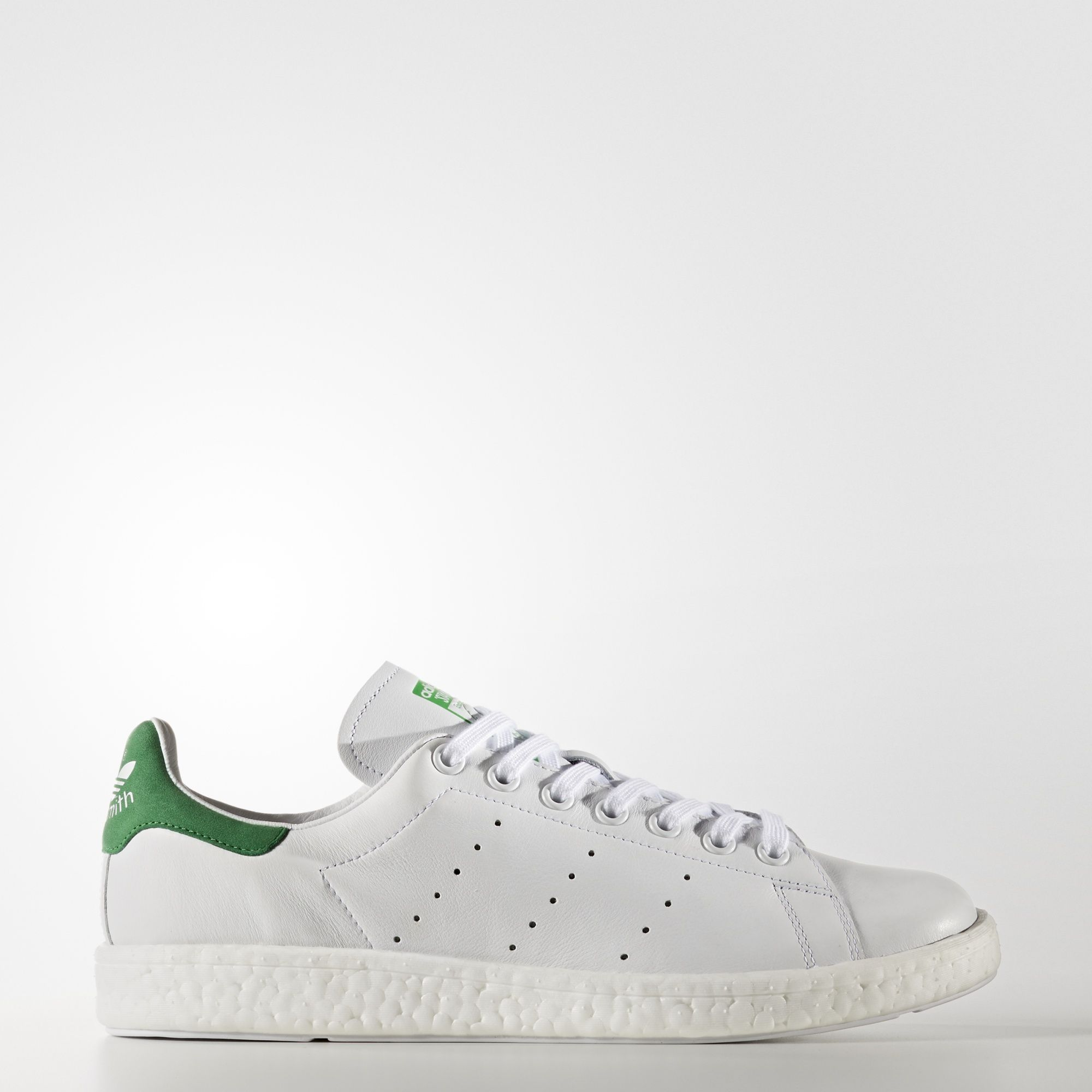 timeless design 46ee8 6b4e0 The first-ever leather tennis shoe, the Stan Smith quickly ...