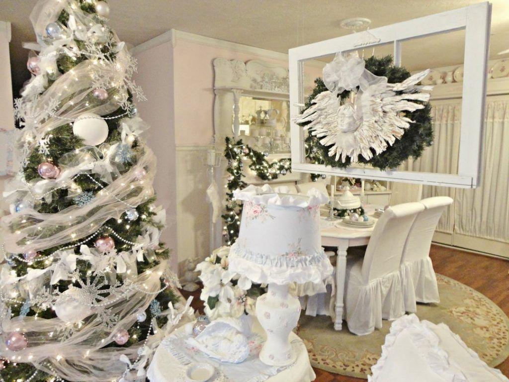 Finest Charming Romantic Christmas Decor Ideas Shabby Chic Christmas Romantic Christmas Christmas Home