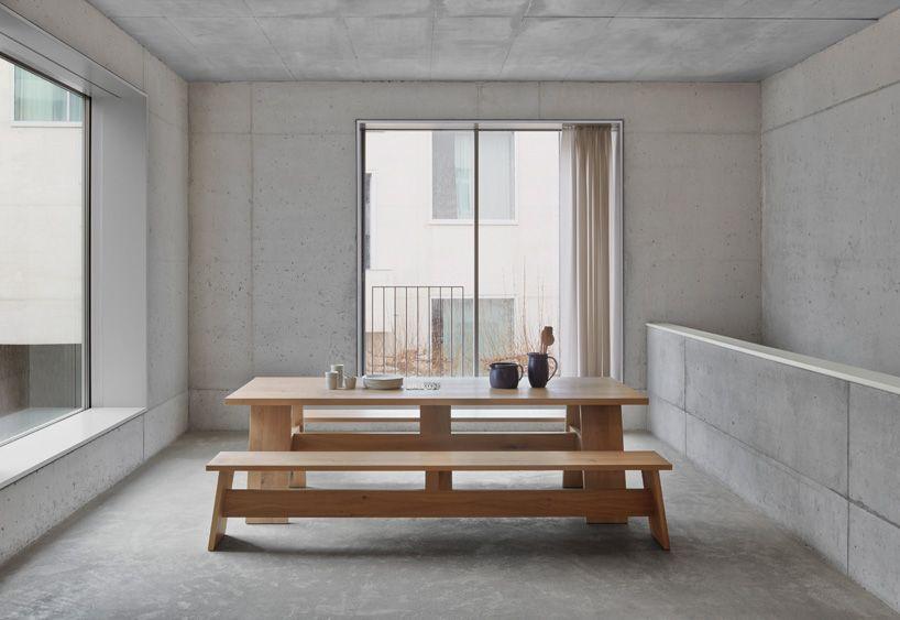 david chipperfield crafts solid wooden furniture for e15 - Moderne Tische Fur Wohnzimmer
