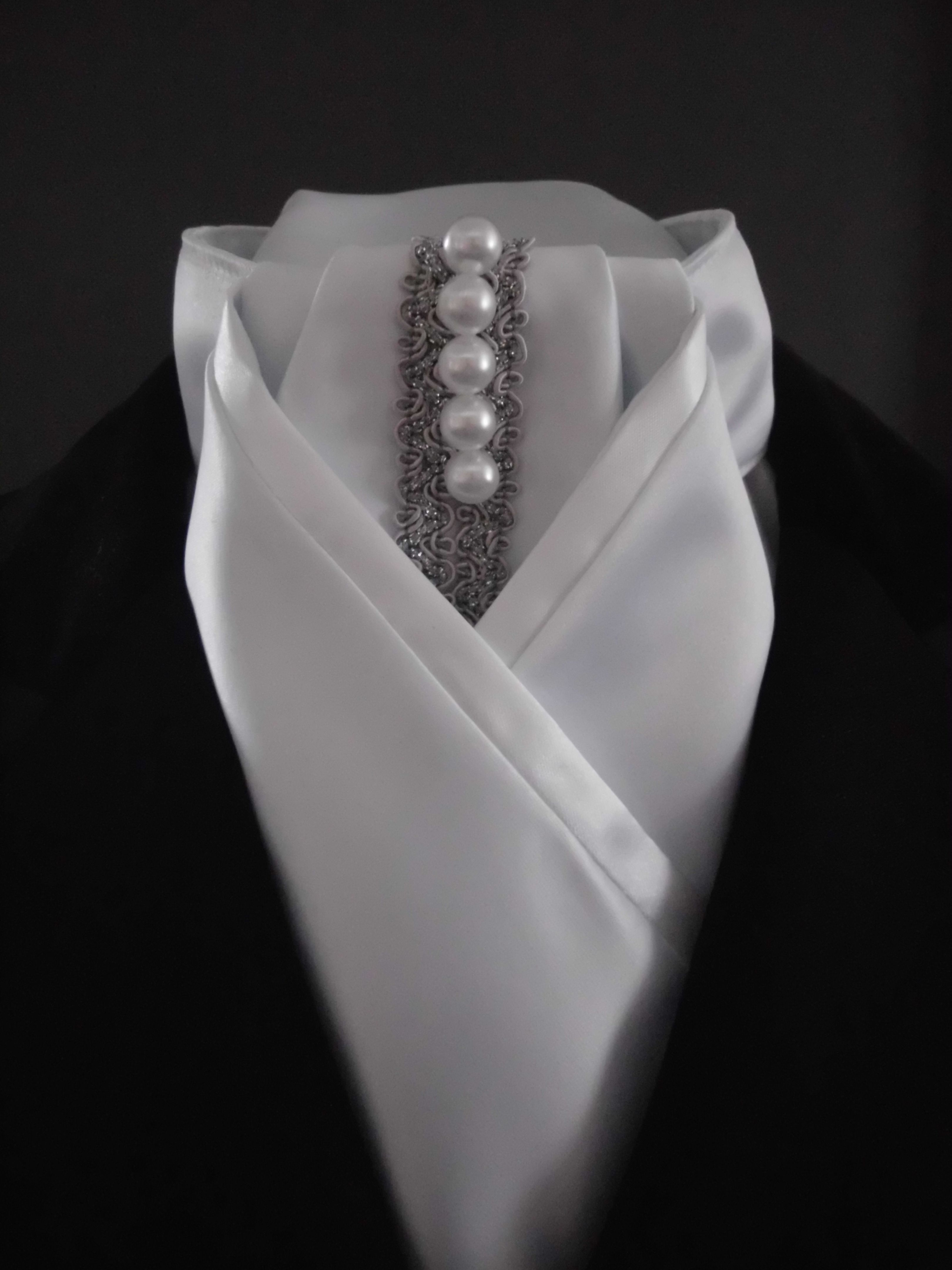 Dressage Stock Tie : dressage, stock, Dressage, Stock, Equestrian, Pzazz., Delustered, Satin,, Silver, Braid, Pearls., Check, Pag…, Style, Jewelry,