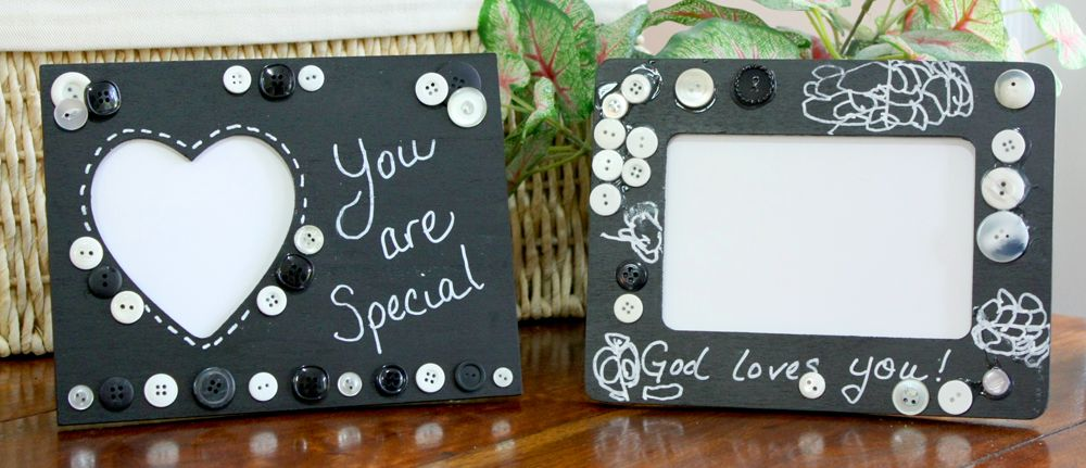 chalkboard picture frame craft for kids from kindergarteners go
