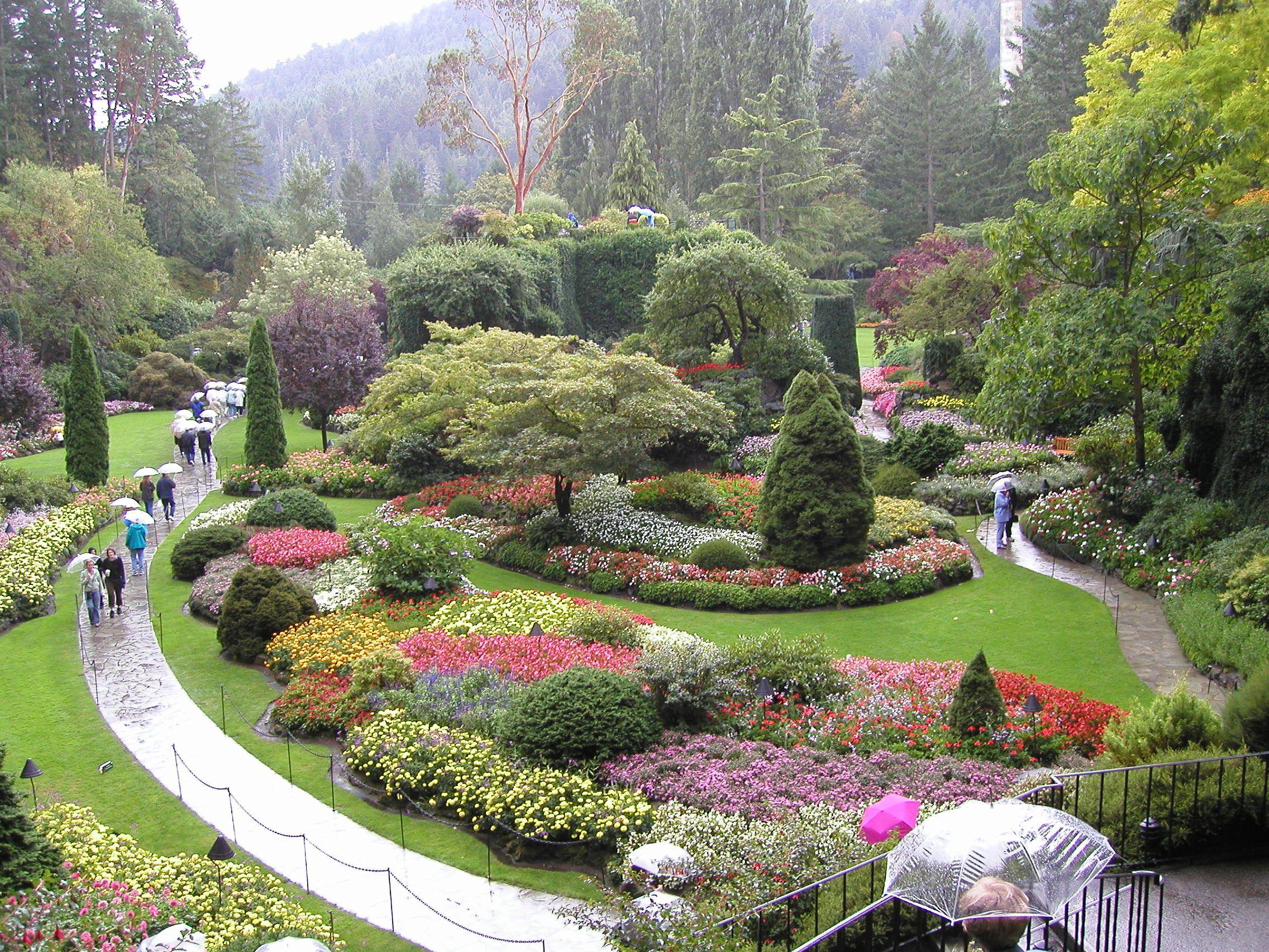 Butchart Gardens On Vancouver Island British Columbia Butchart Gardens Sunken Garden Garden