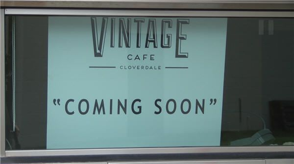 Renovations Are Currently Underway On An Old Regions Bank Building That Is Soon To Become A Vintage Cafe Spot In Old Clover Vintage Cafe Cloverdale Renovations