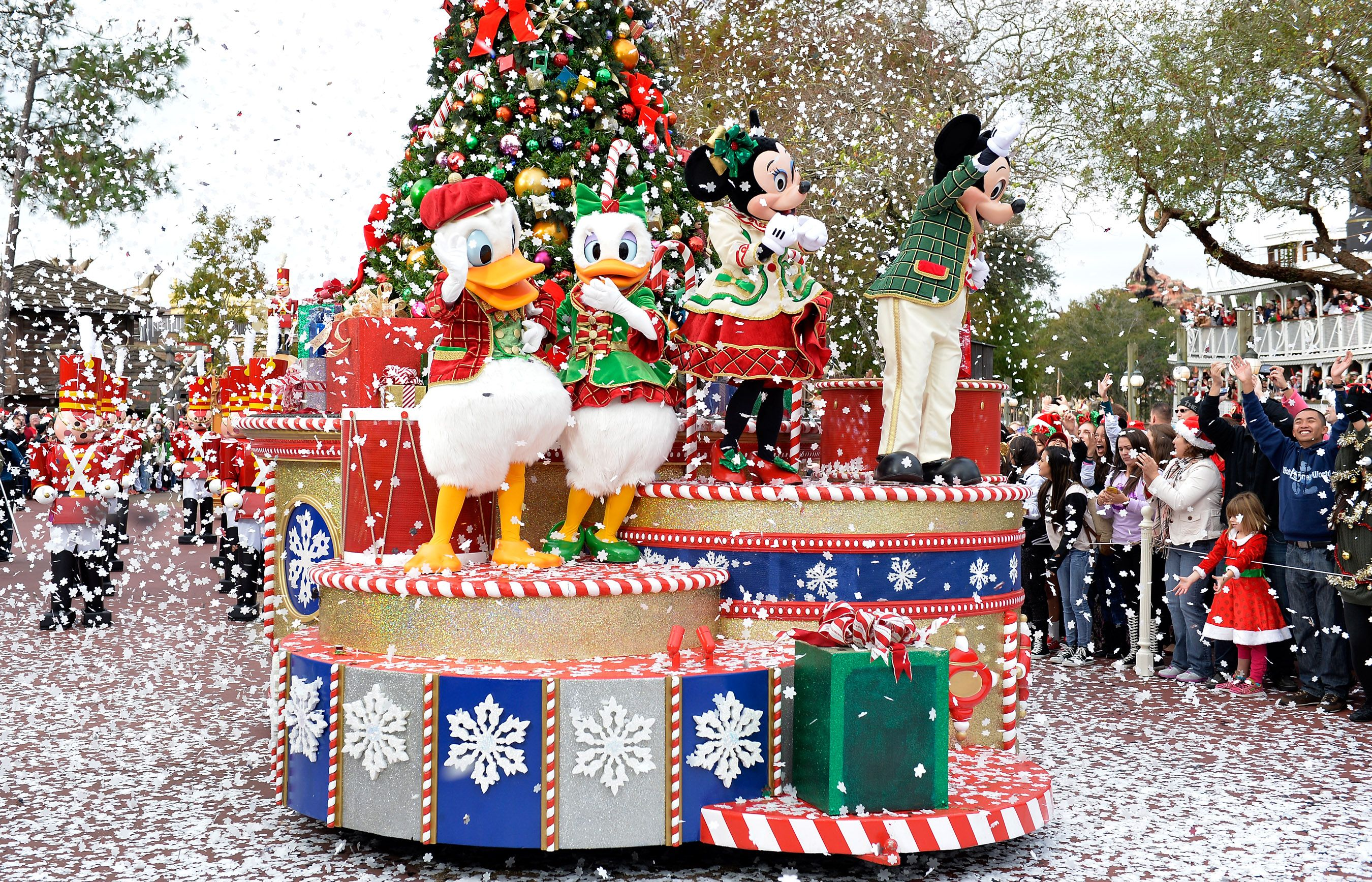 Christmas Parade In Walt Disney World Florida
