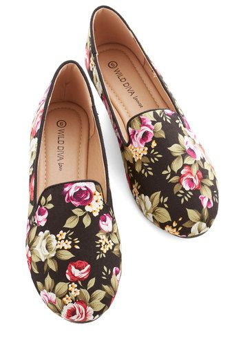 Business Casual Friday Flat in Black - Flat, Woven, Black, Multi, Floral, Work, Casual, Good, Variation