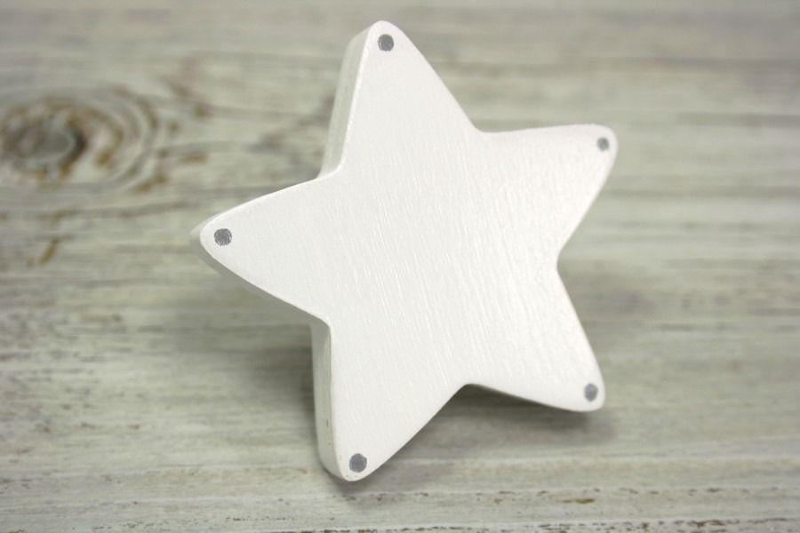 Poignée de meuble étoile blanche à pois gris en bois peint  Meubles - meuble en bois repeint