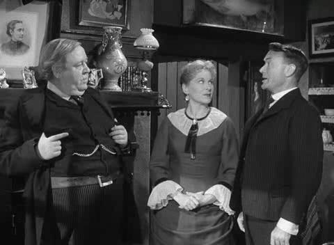 Hobson's Choice (1954) - Photo Gallery - IMDb | David lean, Classic comedies, Black and white movie