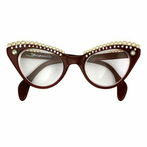 Pin De Maria Barbero Granados En Monturas Gafas Ojos De Gato En 2020 Gafas Ojos De Gato Monturas De Gafas Gafas