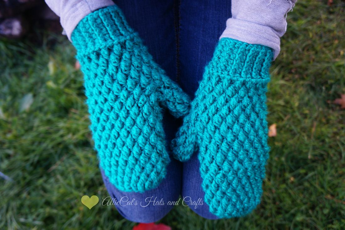 Frozen Beaches Mittens- Free crochet pattern by AllieCat\'s Hats and ...