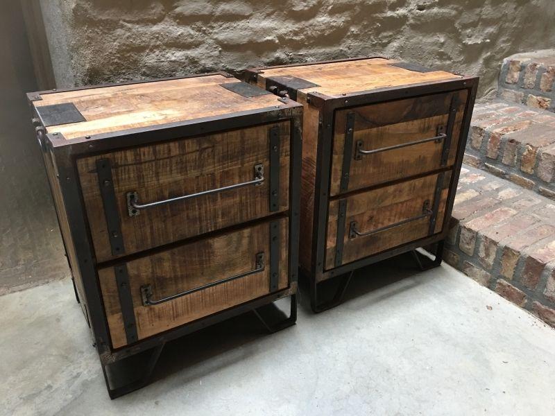 stoer houten industrieel landelijk kastje kast ladenkast