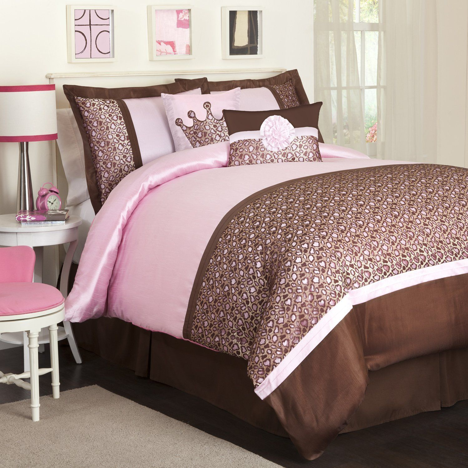 painting of cool urban outfitter bedding bedroom design pink and blue bedroom designs 18 - Pink And Brown Bedroom Decorating Ideas