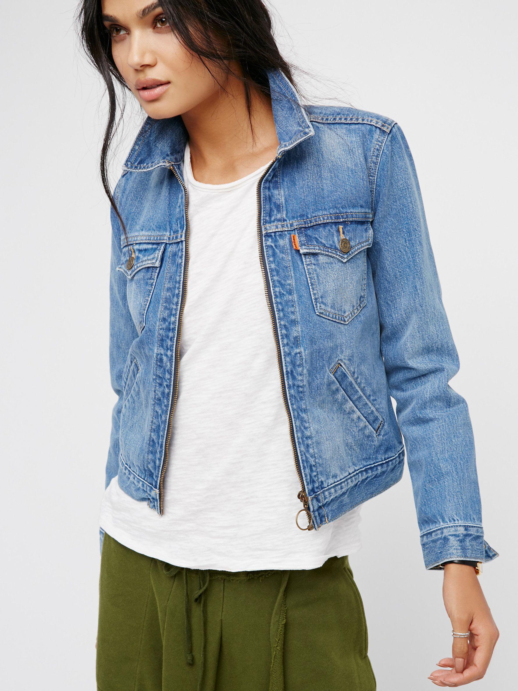 Zip Front Trucker Casual Wear Women Denim Fashion Denim Jacket [ 2375 x 1780 Pixel ]