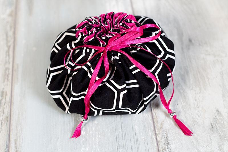 einen pompadour stoffbeutel mit innenf chern n hen n hen pinterest n hen lernen taschen. Black Bedroom Furniture Sets. Home Design Ideas