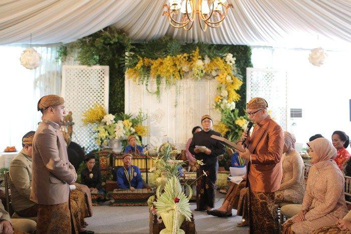 Tiga Tradisi Dalam Satu Pernikahan Di Hotel Shangri La Jakarta