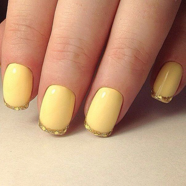 Bright summer nails, Fall nails ideas, Festive nails, Gold and yellow nails, Nails ideas 2017, Nails trends 2017, Nails with golden glitter, Square nails