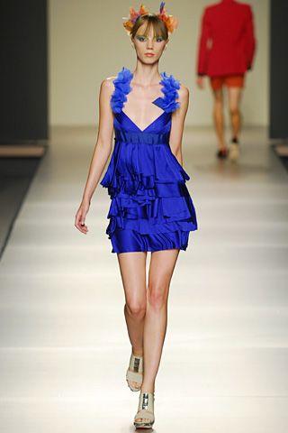 v vestido azul