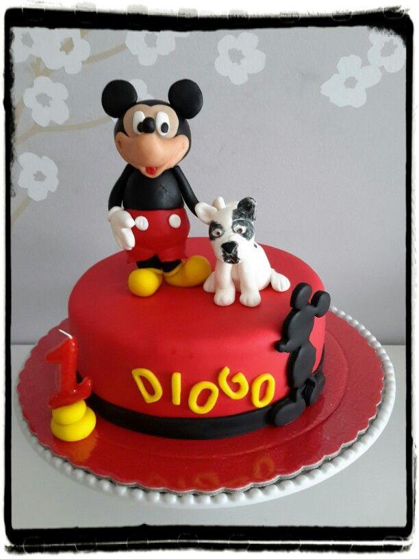 Mickey Mouse e bulldog francês