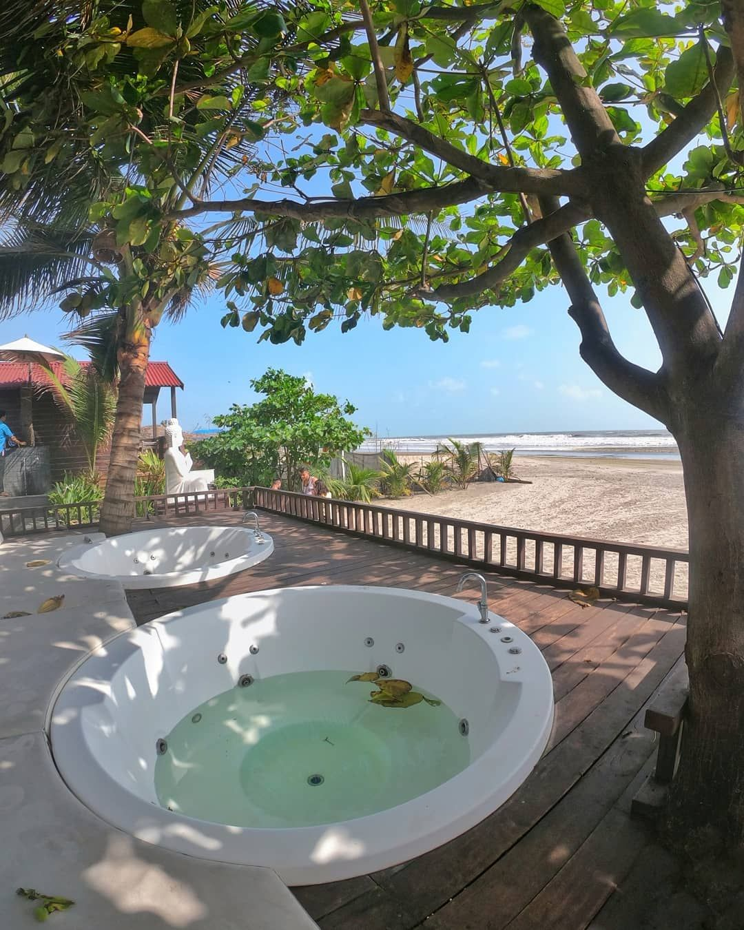 Jacuzzis looking out at the sea. Isn't this a perfect place for a laidback sundowner?! Location: Sinq beach, Morjim  #sinqbeach #sinqbeachclub #sinqbeachresort #morjimbeach #morjim #goa #tenderfoottraveller #jaccuzi #beachview #goa #sogoa #goadiaries #tenderfoottraveller  #goavibes #goaindia #whpwanderlust #india #gopro #gopro_moment #gogoagone #visitgoa #mygoa #northgoa #incrediblegoa #letstravel #beachday #letsgoeverywhere