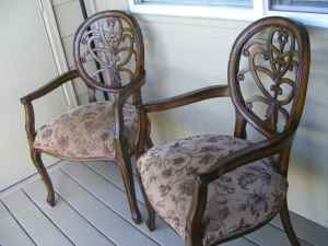 Love these Chairs, would look amazing reupholstered ) 70