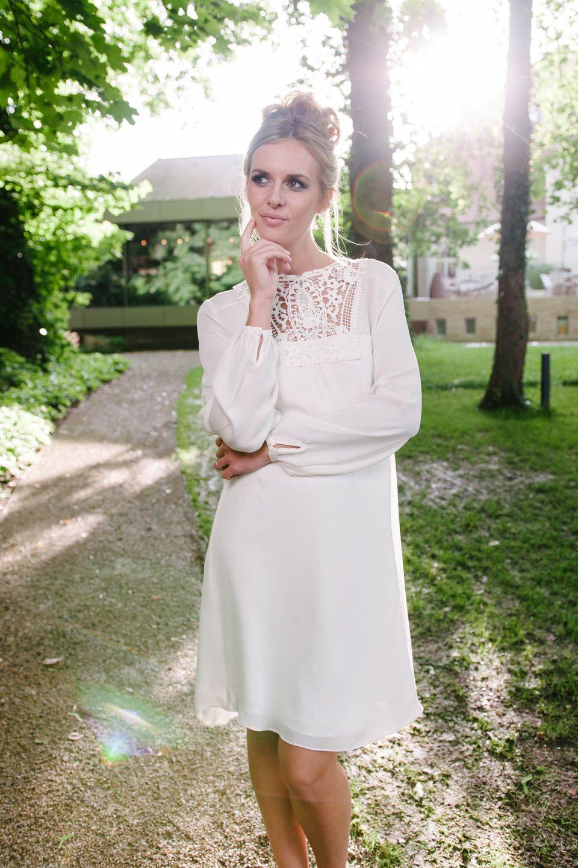 Brautkleid kurz Vintage – mit unserer Vicky und ihrem ausgefallenen ...
