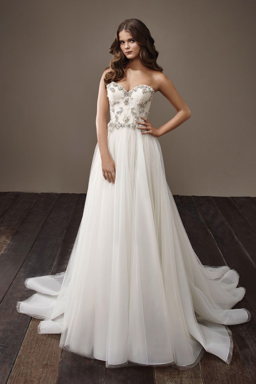 Badgley Mischka Bridal Fall 2018 Fashion Show   Badgley mischka ...