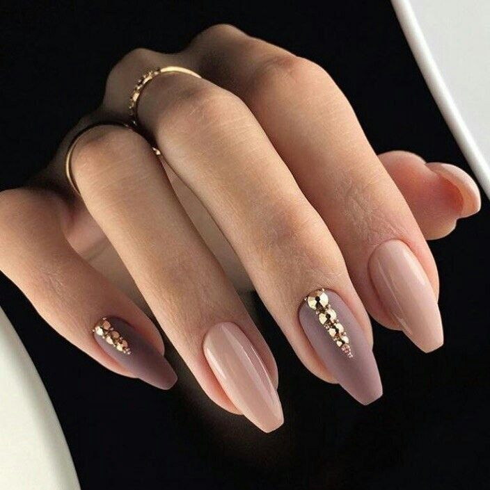 shades of nude w gold accents ballerina shape | Gorgeous nail ideas ...
