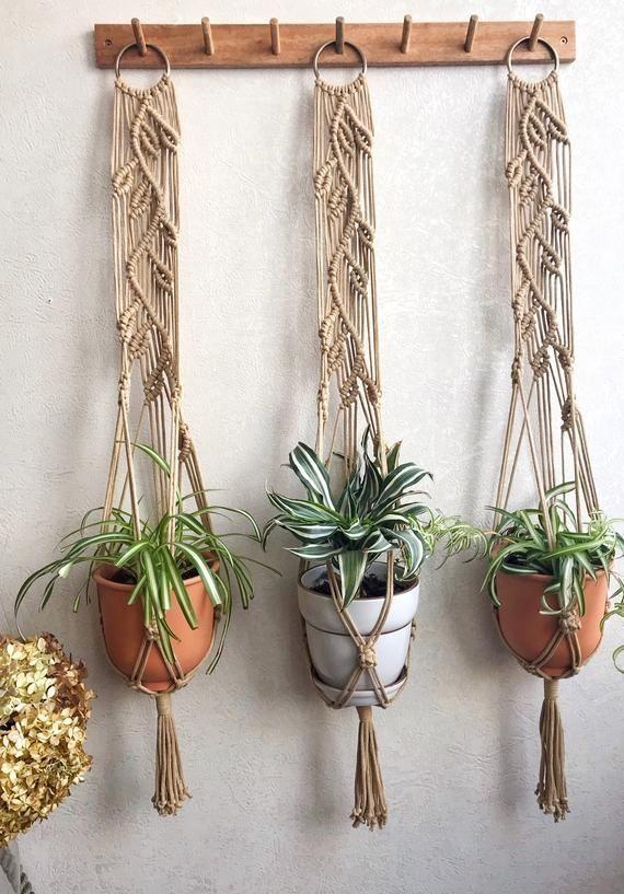 Macrame Wall Planthanger Macrame Wall Decor Macrame Plant Pot Hanger Wall Planthanger On Metal Ring Macrame Leaf Design Plant Hanger Bitki Askisi Dekorasyon Elisleri Bohem Dekor