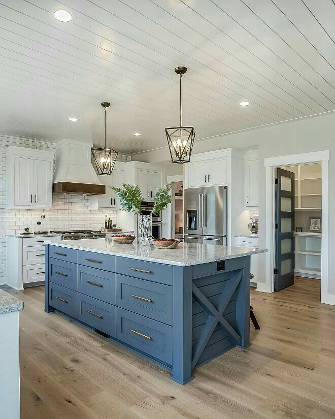 I Love The Blue Island Farmhouse Kitchen Design Kitchen Design Small Home Kitchens
