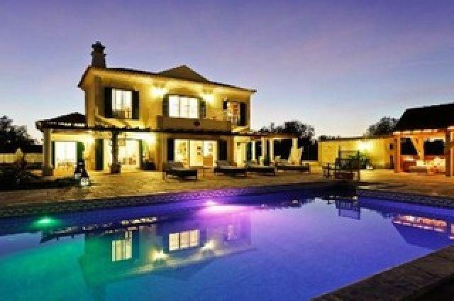 Sea view villa for sale in Portugal.