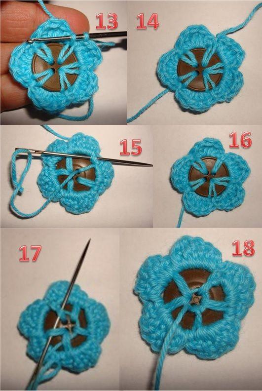 Hækleopskrift på en blomsterknap som pynter på enhver knap, kan bruges på forskelligt slags håndarbejde. Der er også tilføjet en rigtig god billedvejledning