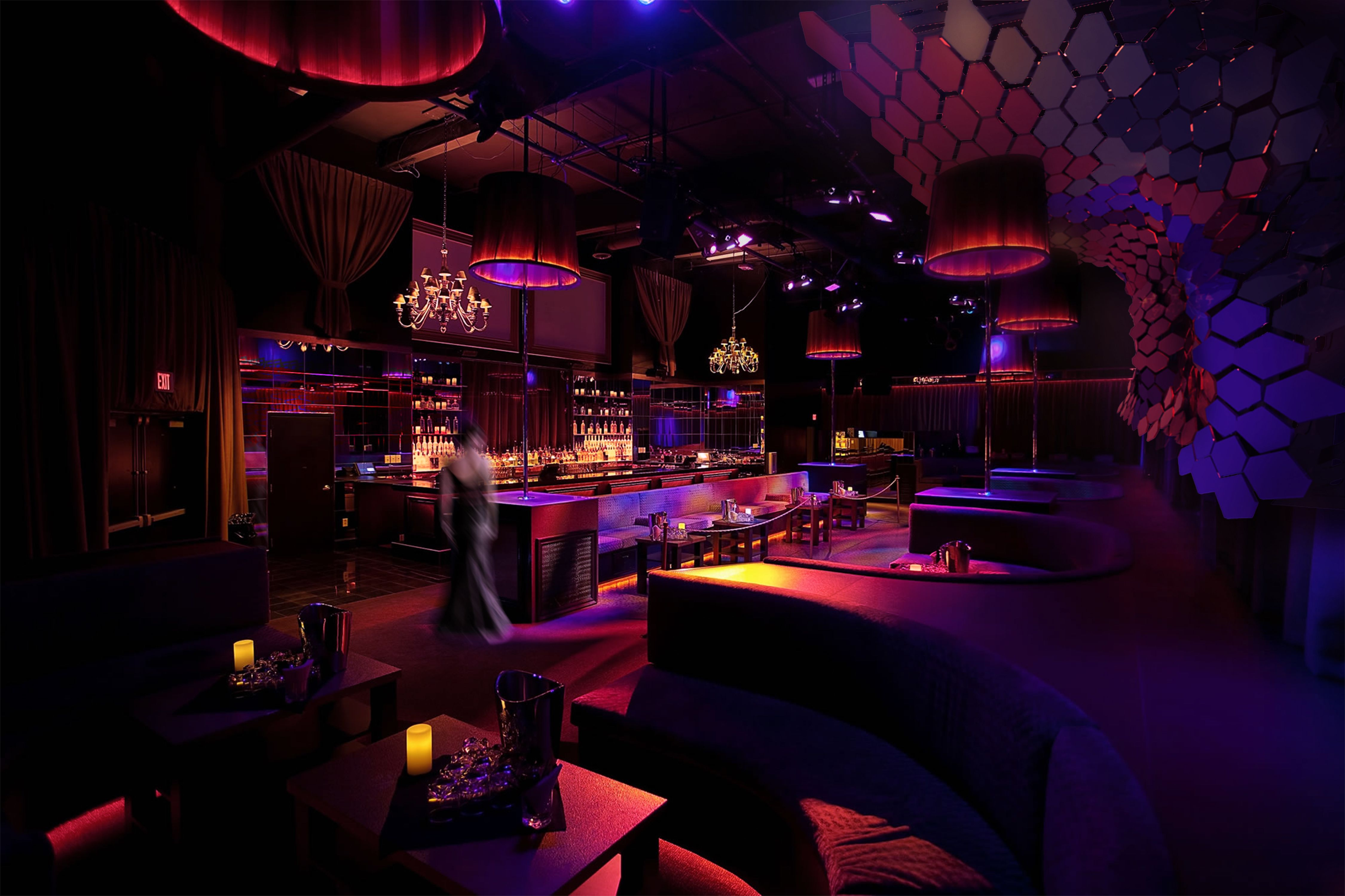 Mamba Vipera with acrylic shown in a night club.
